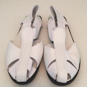 Shoes - Fisherman sandals